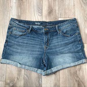 Mosssimo Jean denim Shorts size 16 mid rise midi